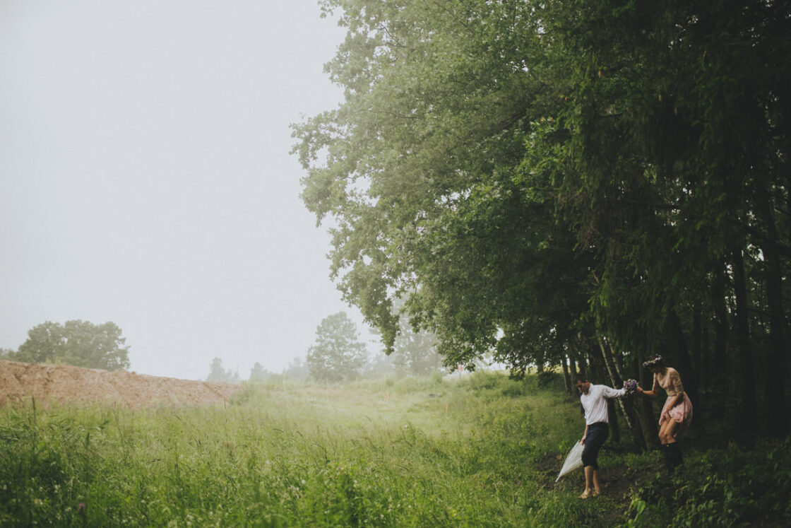 A WEDDING SESSION IN THE RAIN 3