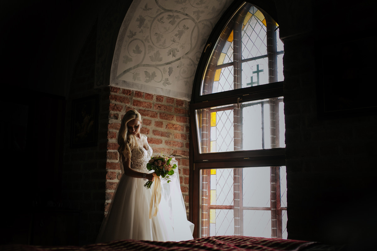 A WEDDING IN GNIEW CASLE 21