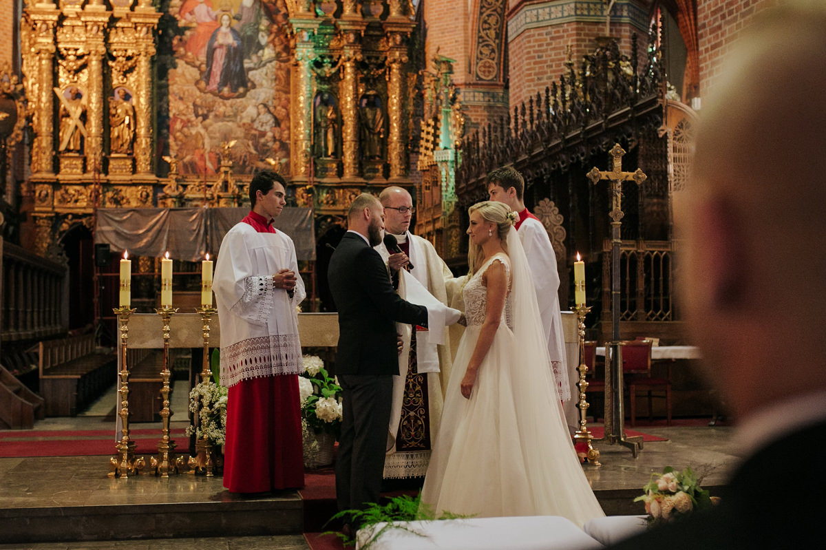 A WEDDING IN GNIEW CASLE 38