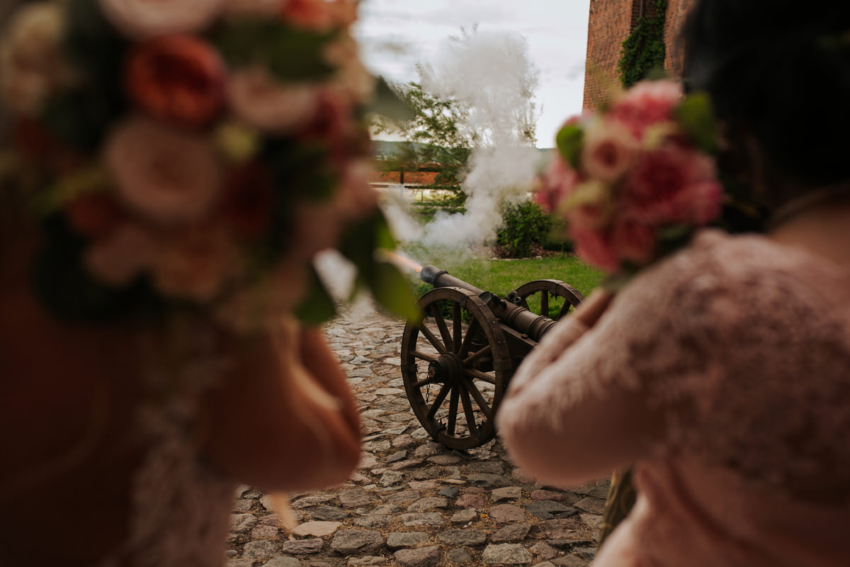A WEDDING IN GNIEW CASLE 52