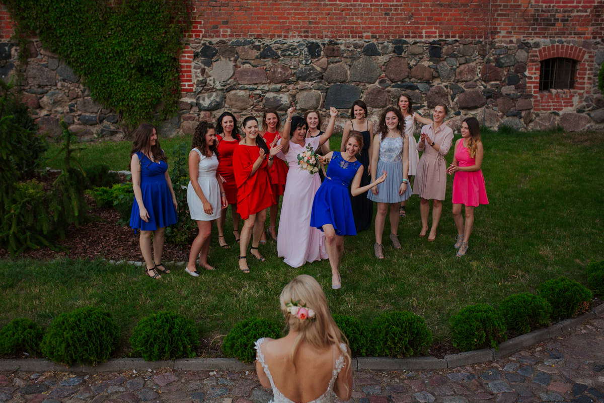 A WEDDING IN GNIEW CASLE 60