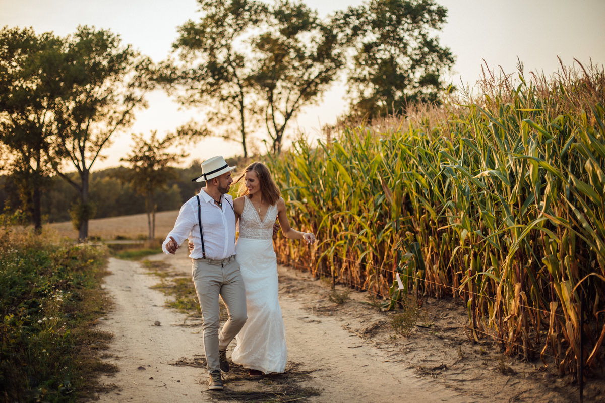 A PICTURESQUE KASHUBIAN WEDDING SESSION 24