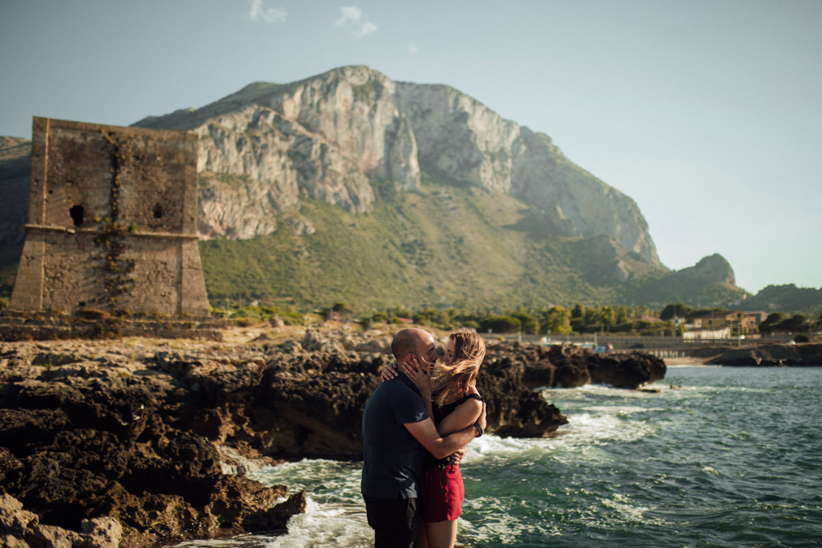 AN ENGAGEMENT SESSION IN SICILY 25