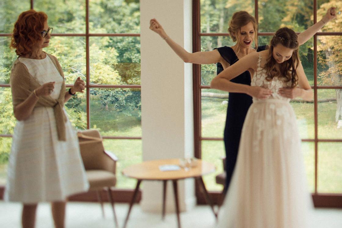 PALACE WIERZBICZANY – A WEDDING IN GNIEWKOWO 9