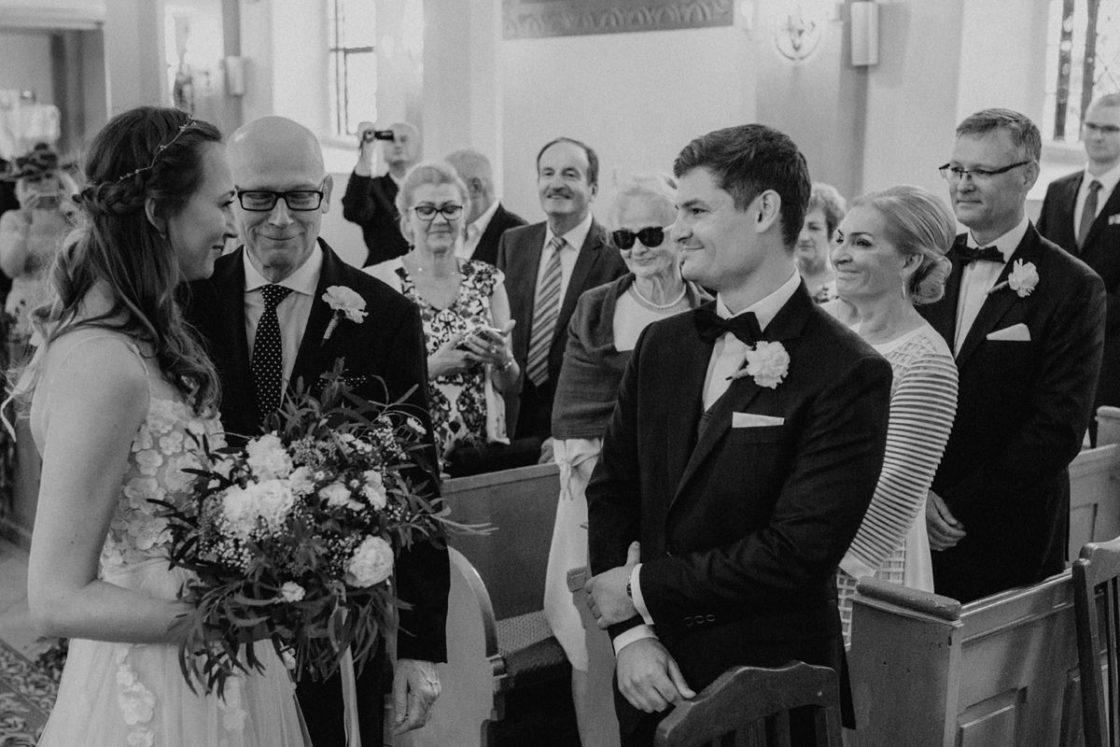 PALACE WIERZBICZANY – A WEDDING IN GNIEWKOWO 18