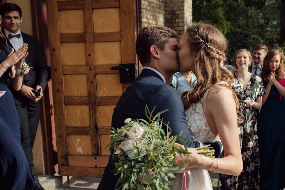 PALACE WIERZBICZANY – A WEDDING IN GNIEWKOWO 27