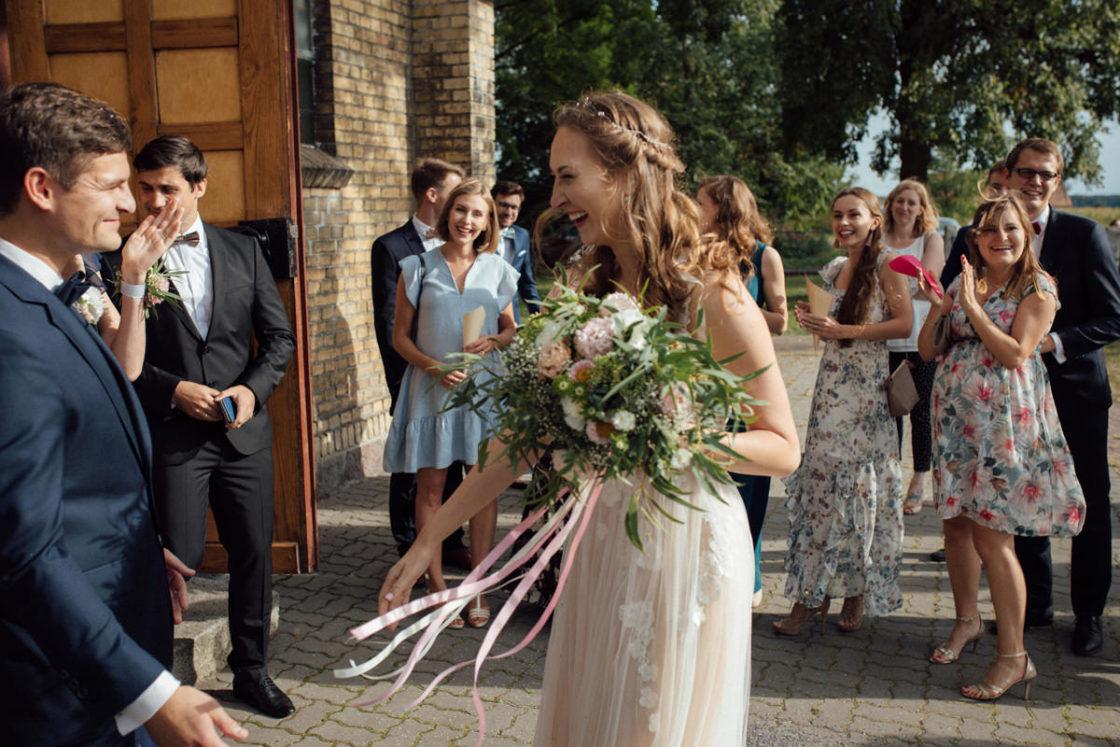 PALACE WIERZBICZANY – A WEDDING IN GNIEWKOWO 28
