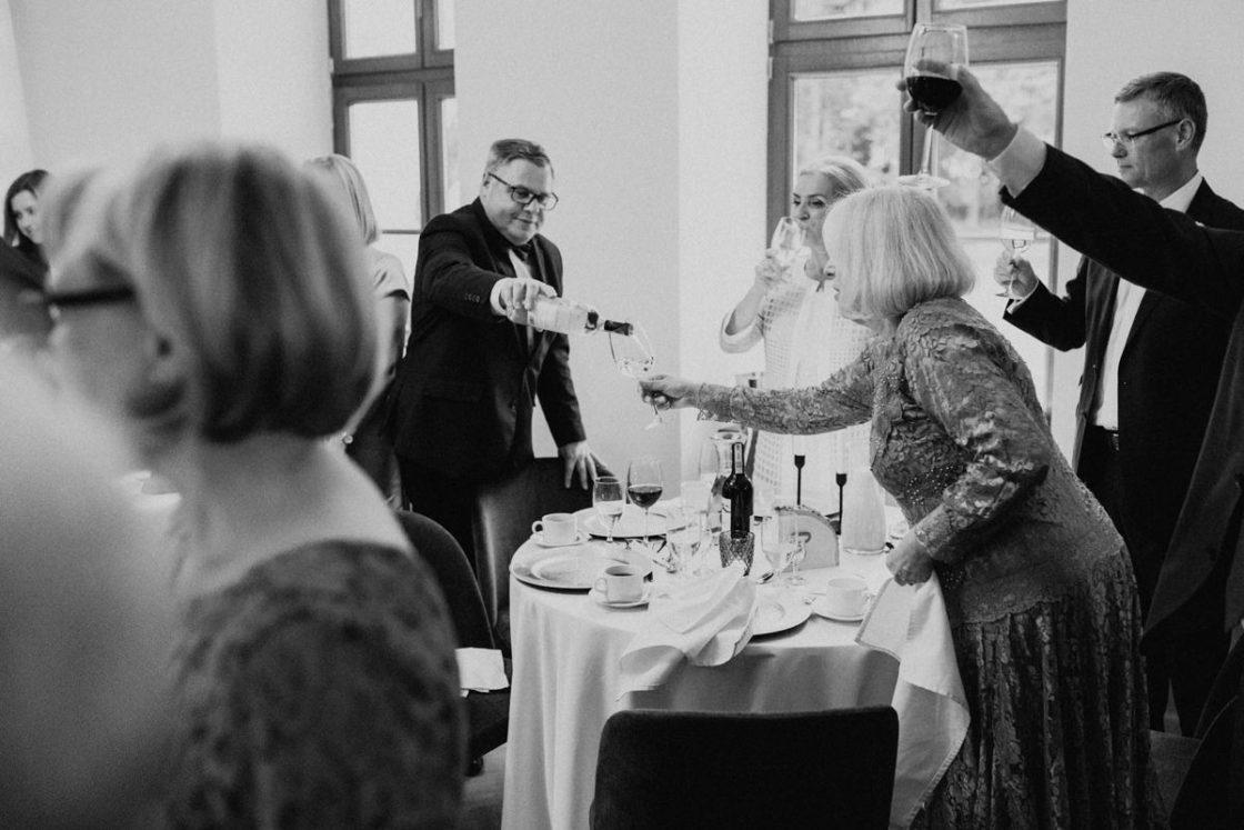 PALACE WIERZBICZANY – A WEDDING IN GNIEWKOWO 37