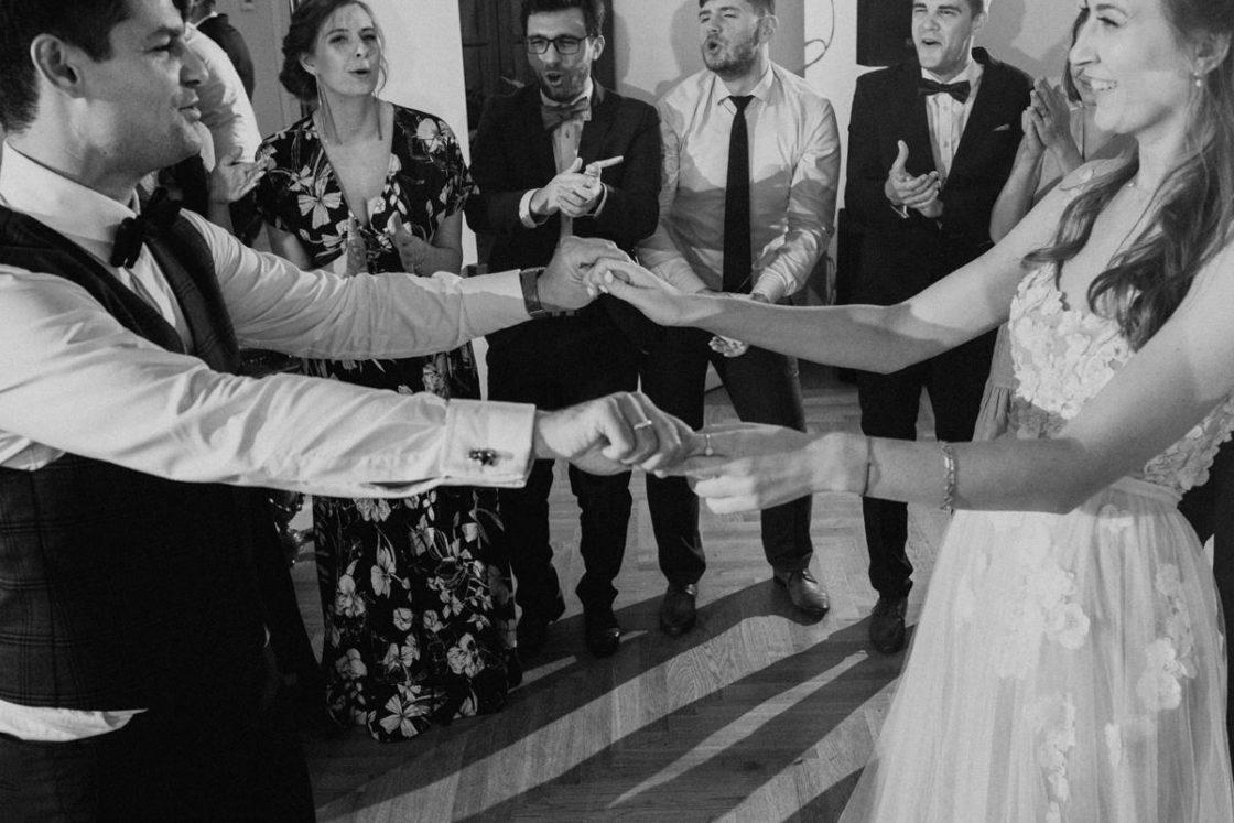 PALACE WIERZBICZANY – A WEDDING IN GNIEWKOWO 40